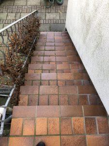 Bodenbeschichtung Steinteppich Terrasse vorher