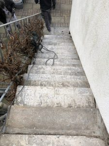 Bodenbeschichtung Steinteppich Terrasse Vorbereitung