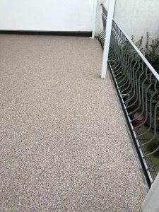 Bodenbeschichtung Steinteppich Terrasse fertig